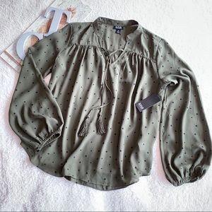 NWT a.n.a Top Peasant Style With Stars Flowy